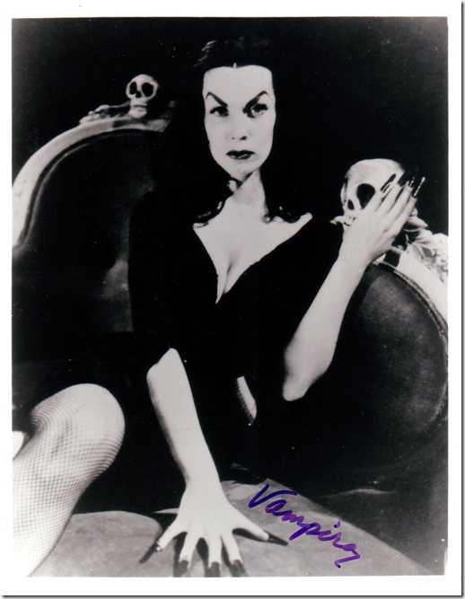 Vampira gives epitaphs not autographs