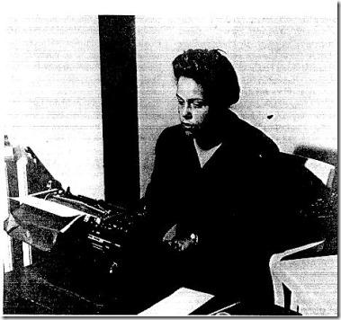 Gwendolyn Bennett at typewriter
